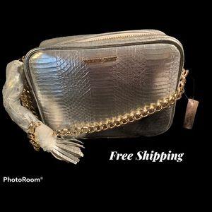 ⬇️ PRICE! NWT VICTORIA'S SECRET EVENING BAG
